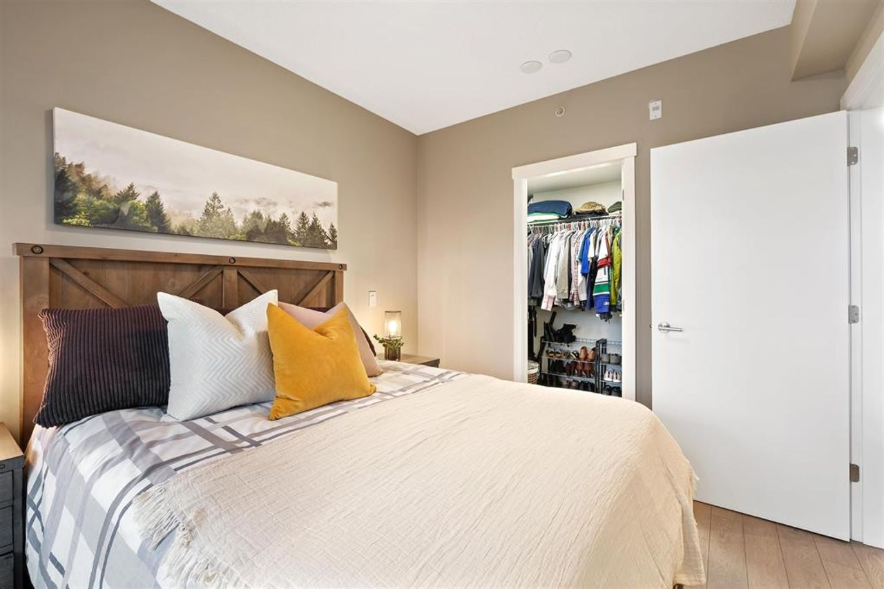 262641809-11 at 512 - 135 W 2nd Street, Lower Lonsdale, North Vancouver