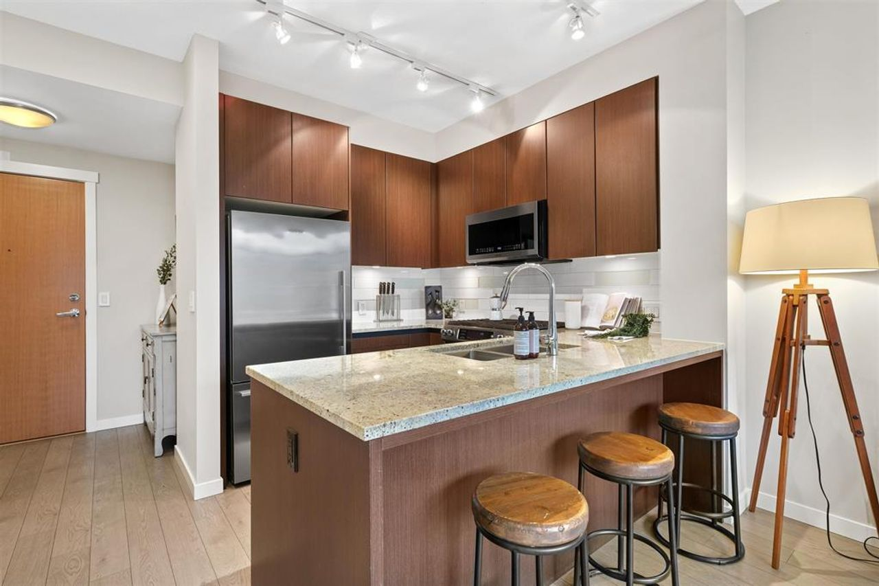 262641809-3 at 512 - 135 W 2nd Street, Lower Lonsdale, North Vancouver