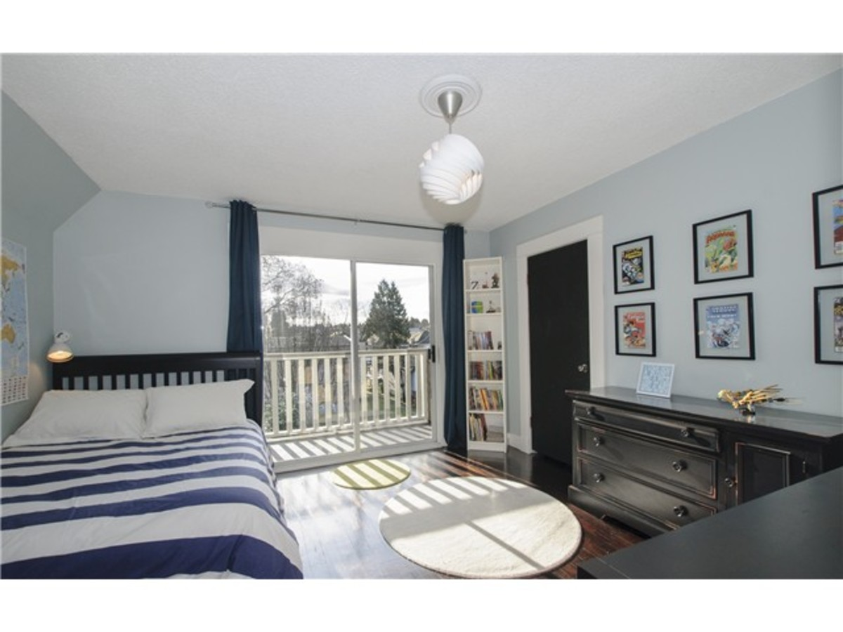 image-261459454-14.jpg at 1417 East 11th Ave, Grandview VE, Vancouver East