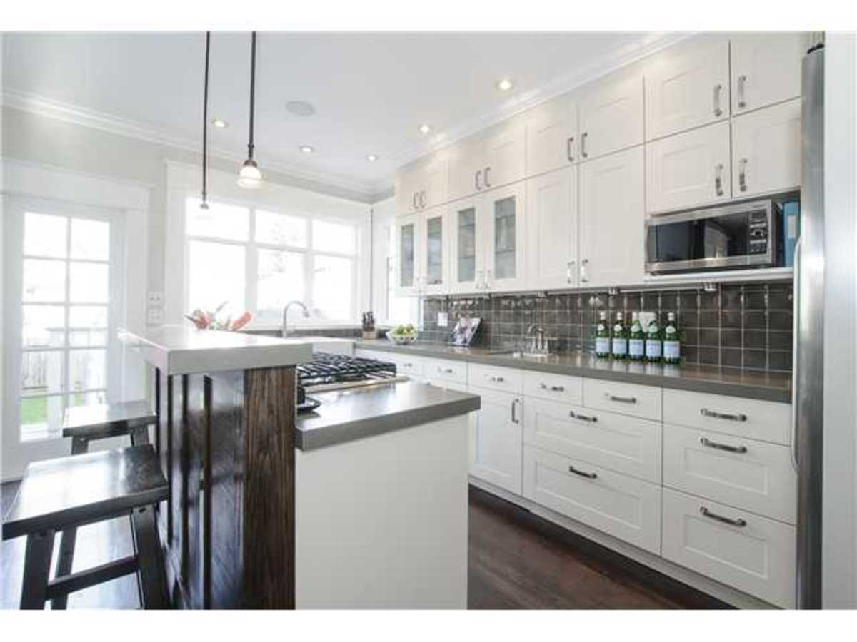 image-261459454-7.jpg at 1417 East 11th Ave, Grandview VE, Vancouver East