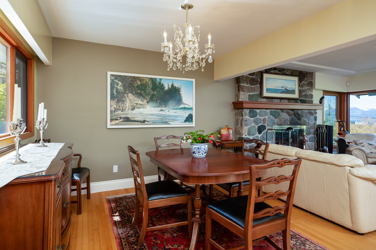 11 at 6860 Hycroft Road, Whytecliff, West Vancouver
