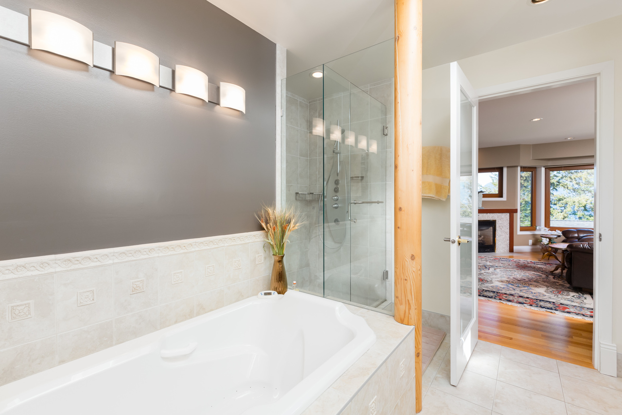 21 at 6860 Hycroft Road, Whytecliff, West Vancouver