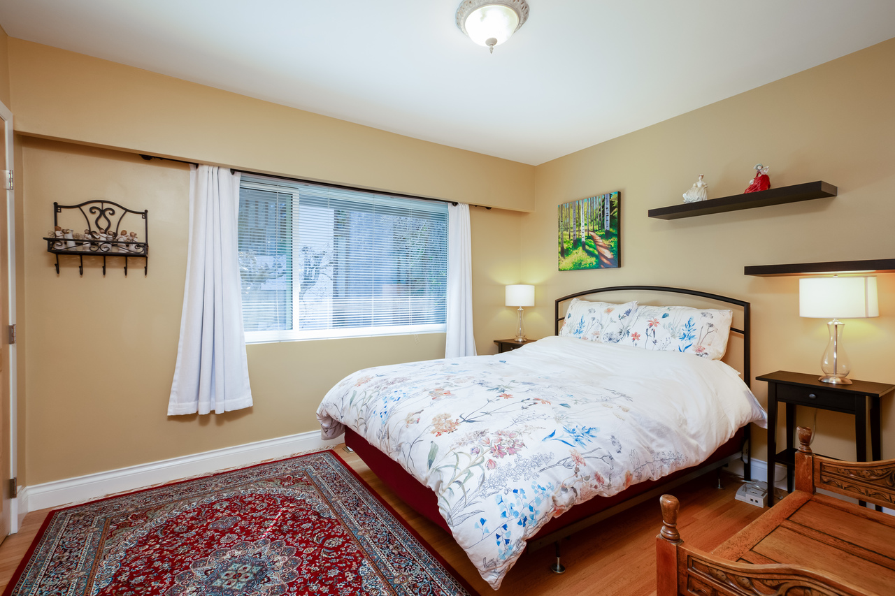 26 at 6860 Hycroft Road, Whytecliff, West Vancouver