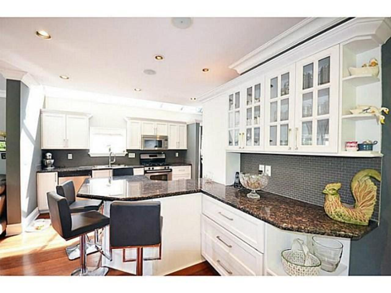 Kitchen2 at 2556 Chesterfield Avenue, Upper Lonsdale, North Vancouver