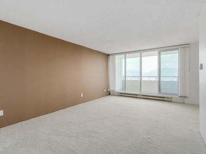 Living-Room at 2105 - 4160 Sardis,