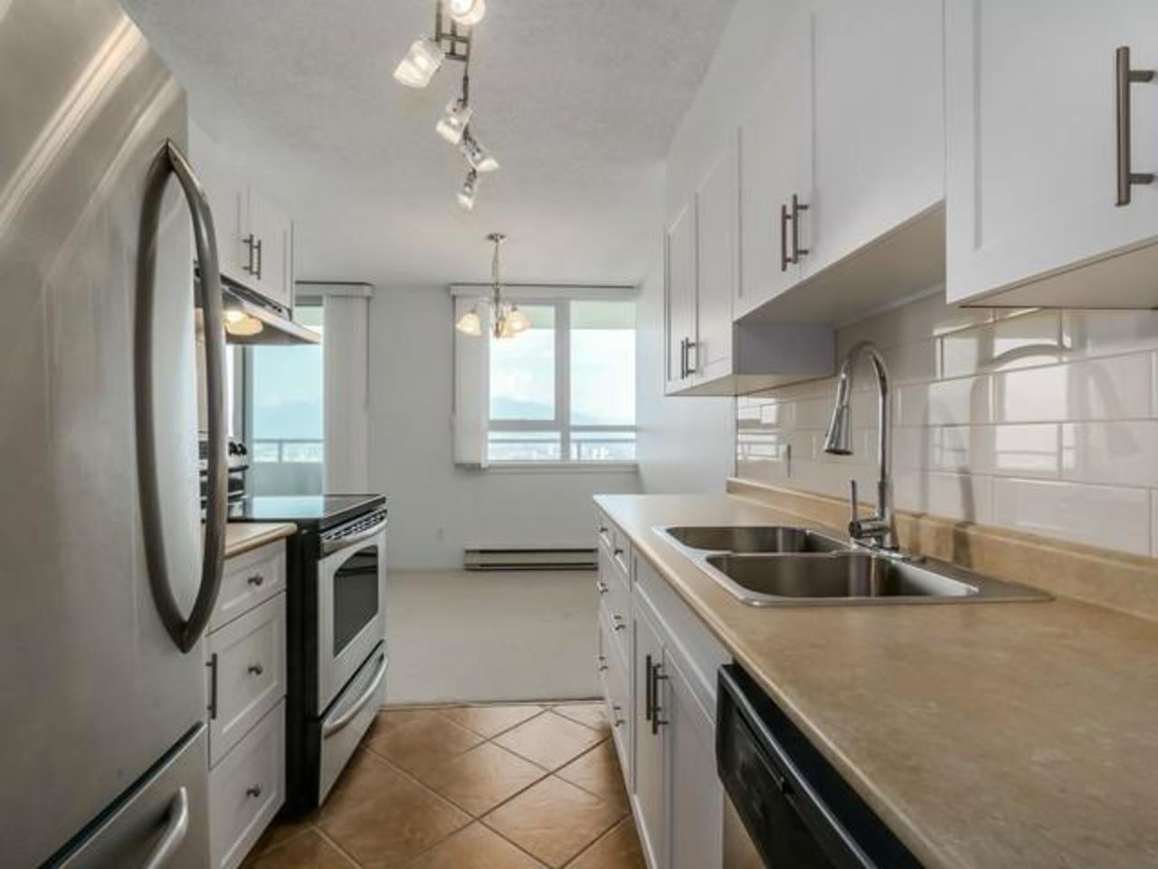 Kitchen at 2105 - 4160 Sardis,