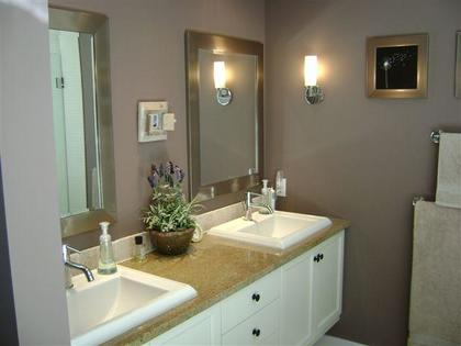 Bathroom at 51 Salal Court, Furry Creek, West Vancouver