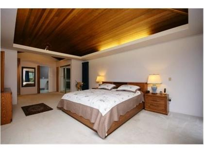 Master-Bedroom at 570 Bayview Road, Lions Bay, West Vancouver
