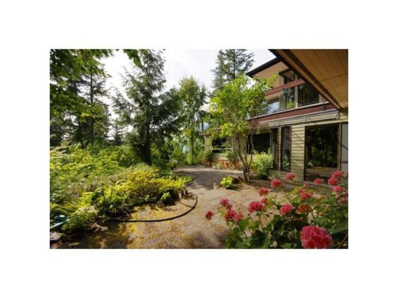 Yard at 570 Bayview Road, Lions Bay, West Vancouver