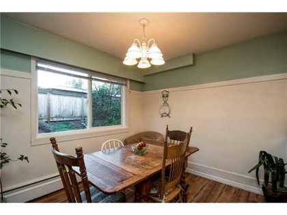 Dining-Room at 52 - 912 Premier Street, Lynnmour, North Vancouver
