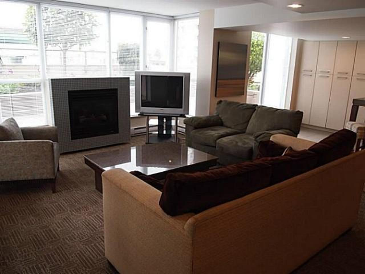 Family-Room at 704 - 121 W 16th Street, Central Lonsdale, North Vancouver