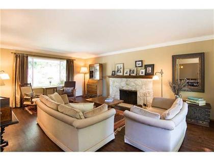 Living-Room-2 at 5654 Westport Road, Eagle Harbour, West Vancouver