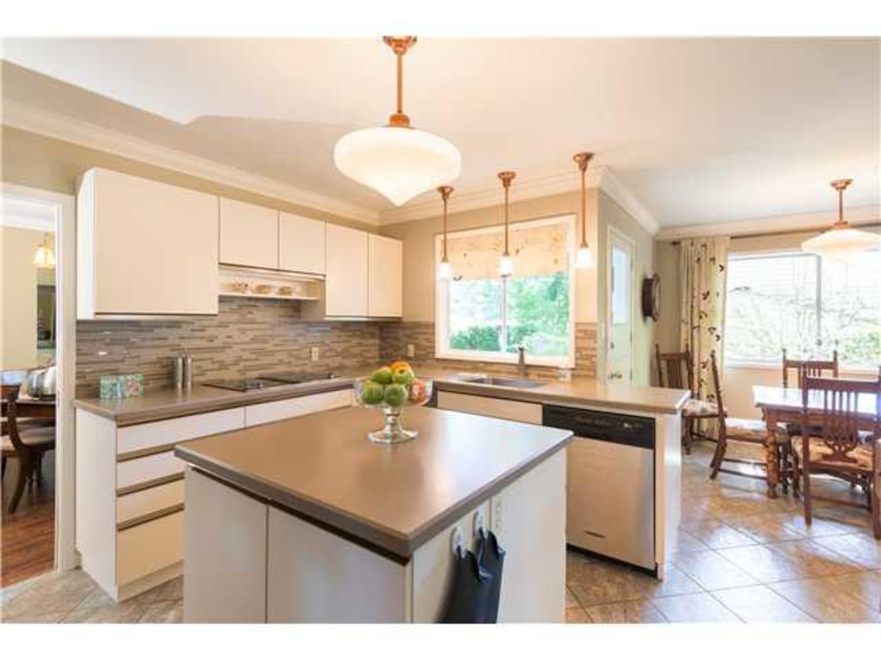 Kitchen at 5654 Westport Road, Eagle Harbour, West Vancouver