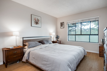 021 at 330 - 210 W 2nd Street, Lower Lonsdale, North Vancouver