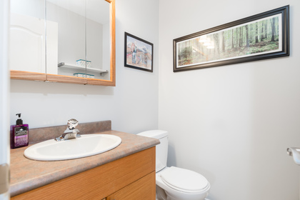 024 at 330 - 210 W 2nd Street, Lower Lonsdale, North Vancouver