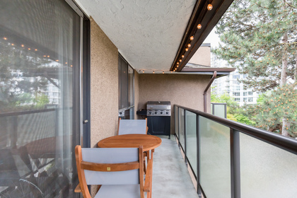 026 at 330 - 210 W 2nd Street, Lower Lonsdale, North Vancouver