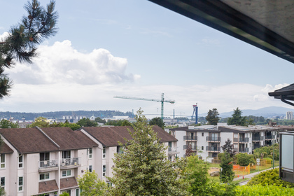 029 at 330 - 210 W 2nd Street, Lower Lonsdale, North Vancouver