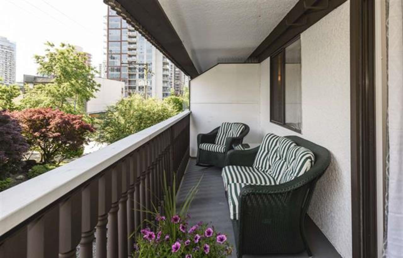 13 at 301 - 1610 Chesterfield Street, Central Lonsdale, North Vancouver