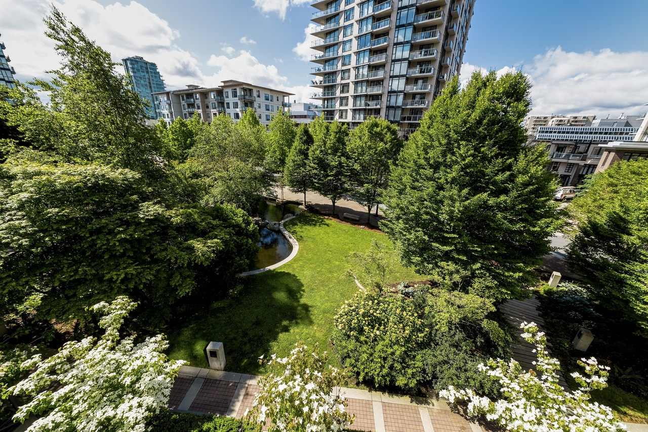 162w1-23 at 162 West 1st Street, Lower Lonsdale, North Vancouver