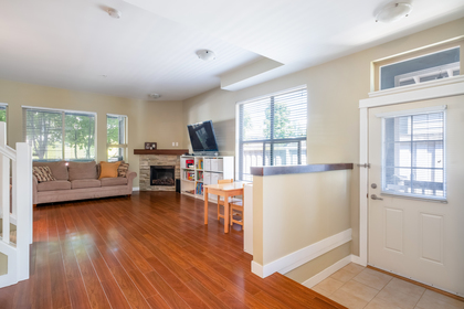 14 at 327 East 15th Street, Central Lonsdale, North Vancouver