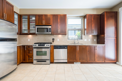 21 at 327 East 15th Street, Central Lonsdale, North Vancouver