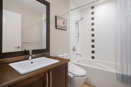 25 at 327 East 15th Street, Central Lonsdale, North Vancouver