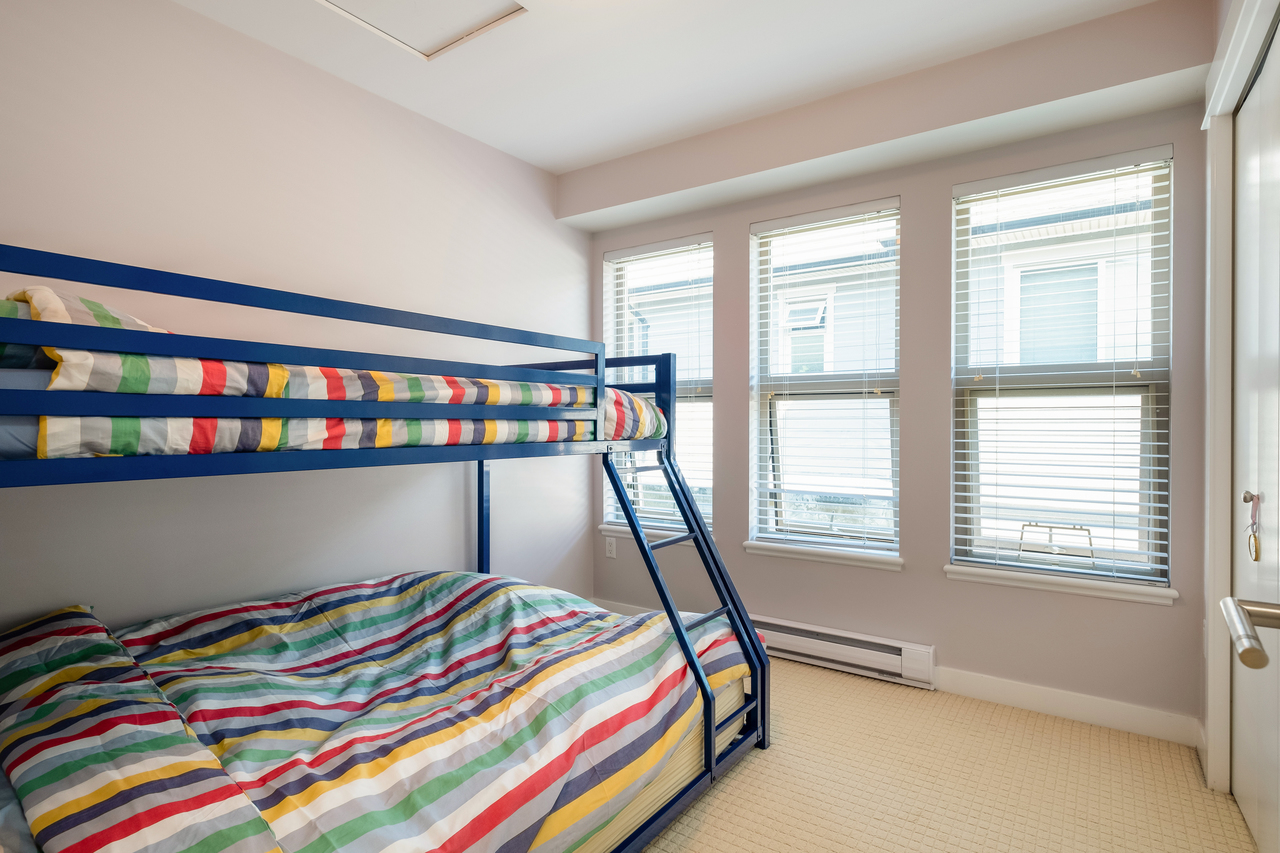 26 at 327 East 15th Street, Central Lonsdale, North Vancouver