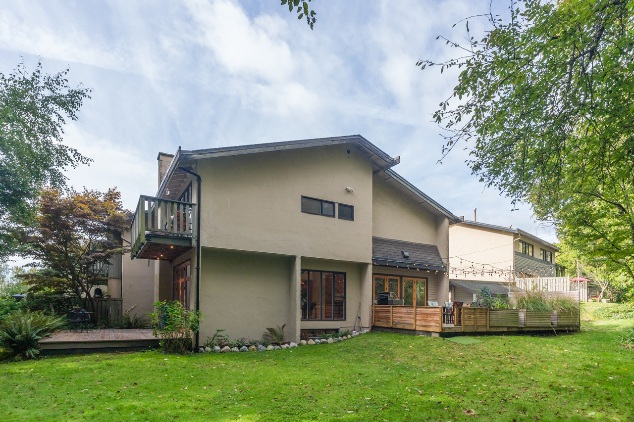01 at 1010 Lillooet Road, Lynnmour, North Vancouver