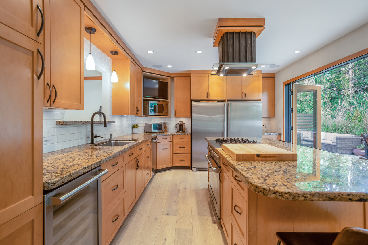 30 at 1010 Lillooet Road, Lynnmour, North Vancouver
