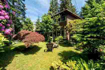 image-262091255-2.jpg at 3896 Lewister Road, Edgemont, North Vancouver