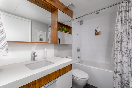18 at 202 - 111 E 3rd Street, Lower Lonsdale, North Vancouver