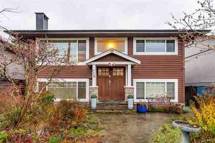 726-e-17-street-boulevard-north-vancouver-01 at 726 E 17 Street, Boulevard, North Vancouver