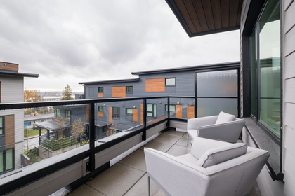 54-1 at 37 -  E 528 2nd Street, Queensbury, North Vancouver