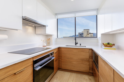 012 at 701 - 140 E Keith Road, Lower Lonsdale, North Vancouver