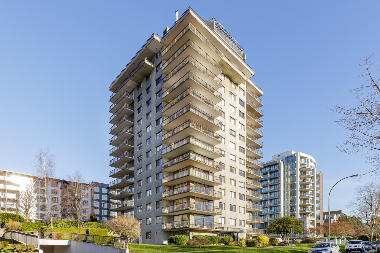 003 at 701 - 140 E Keith Road, Lower Lonsdale, North Vancouver
