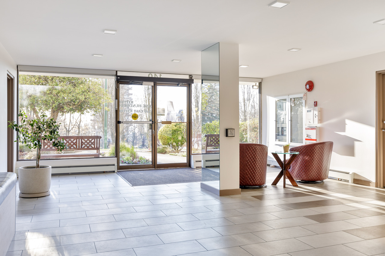 004 at 701 - 140 E Keith Road, Lower Lonsdale, North Vancouver