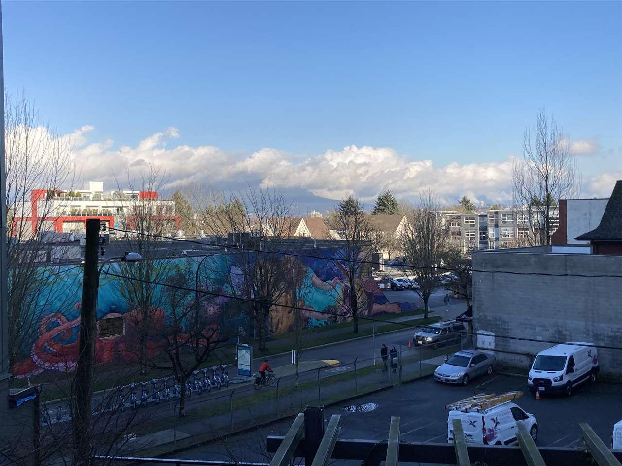 233-kingsway-mount-pleasant-ve-vancouver-east-26 at 206 - 233 Kingsway, Mount Pleasant VE, Vancouver East