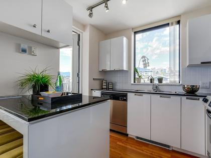 Kitchen3 at 805 - 151 W 2nd Street, Lower Lonsdale, North Vancouver