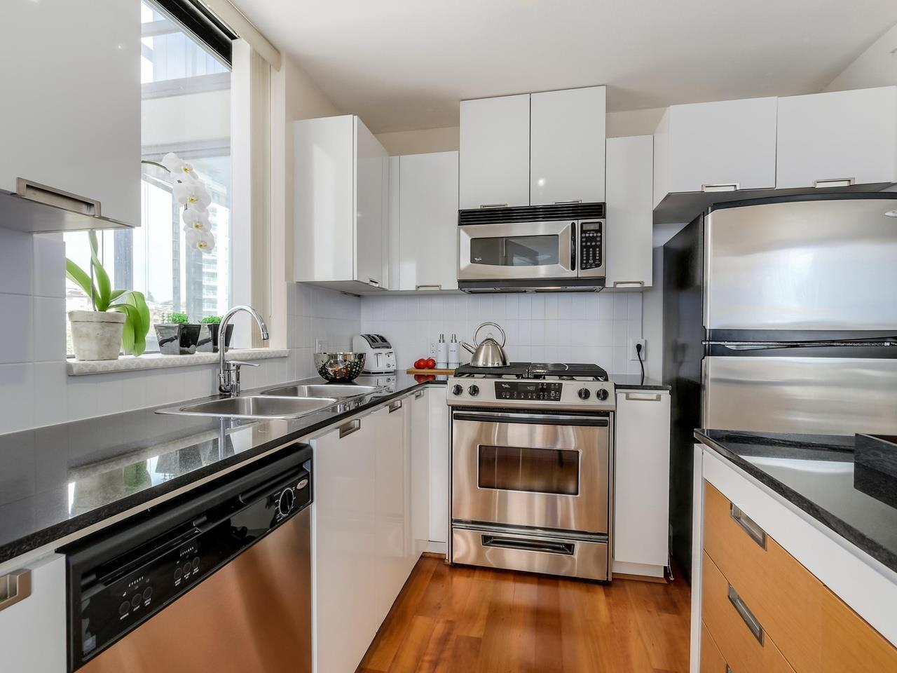 Kitchen at 805 - 151 W 2nd Street, Lower Lonsdale, North Vancouver