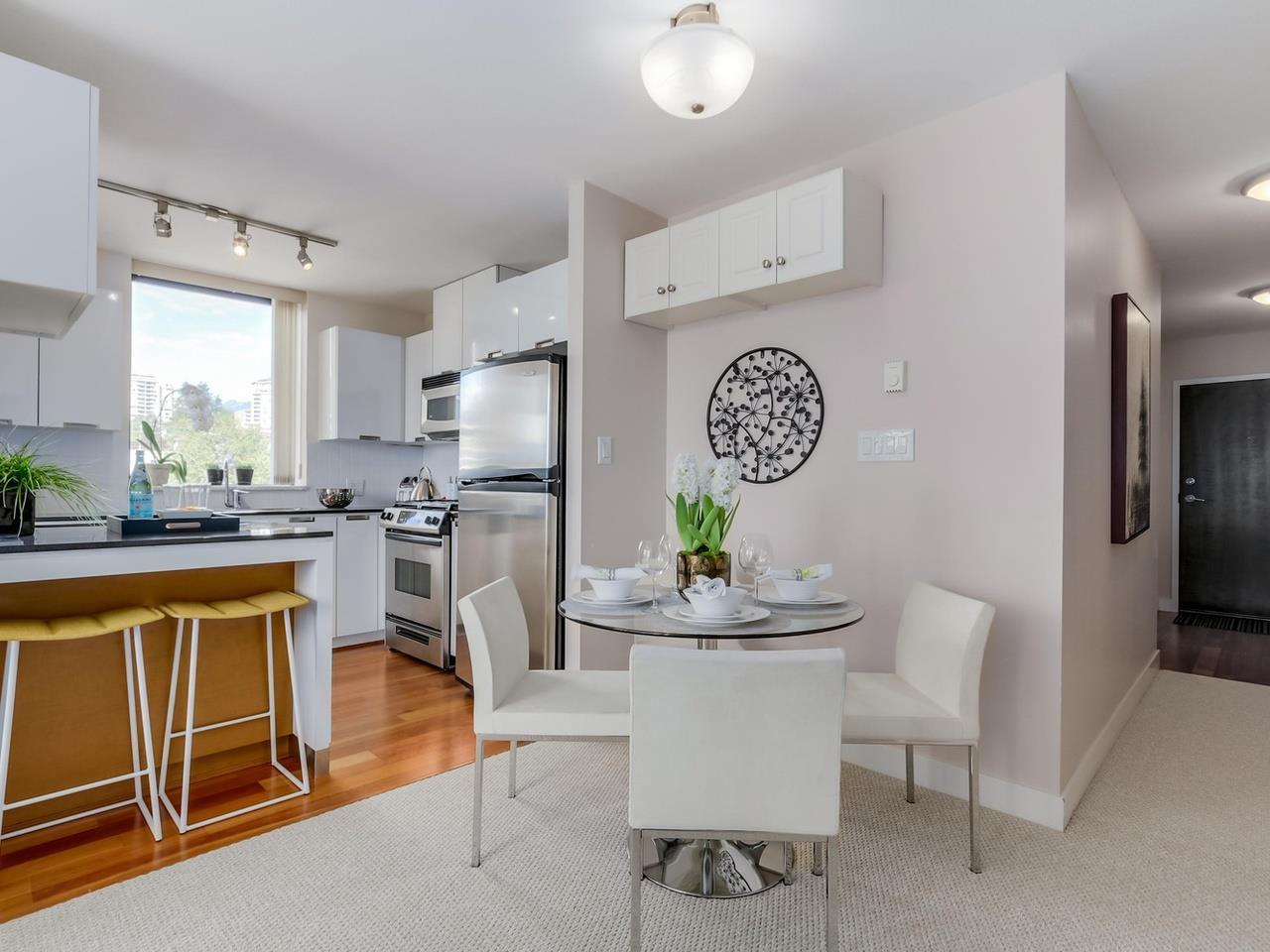 Kitchen5 at 805 - 151 W 2nd Street, Lower Lonsdale, North Vancouver