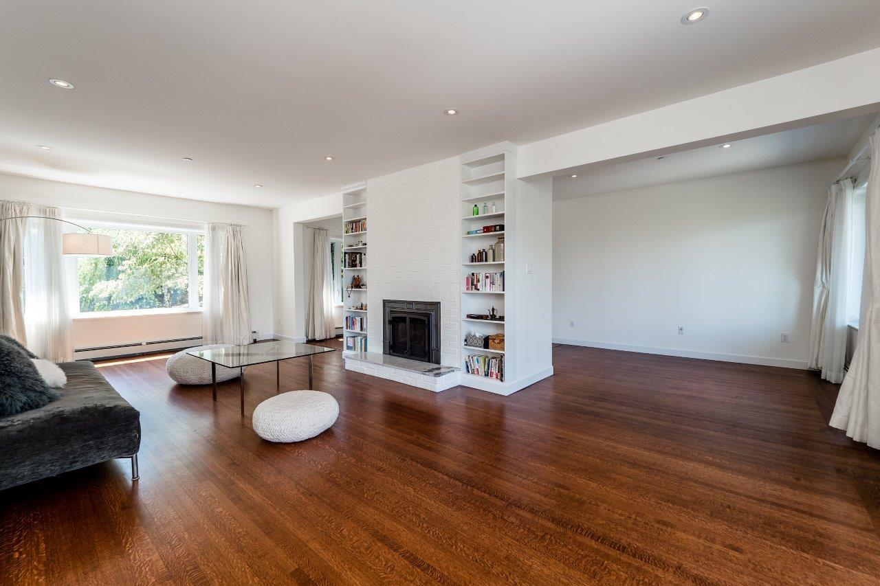 3997w10-4 at 3997 W 10th Avenue, Point Grey, Vancouver West