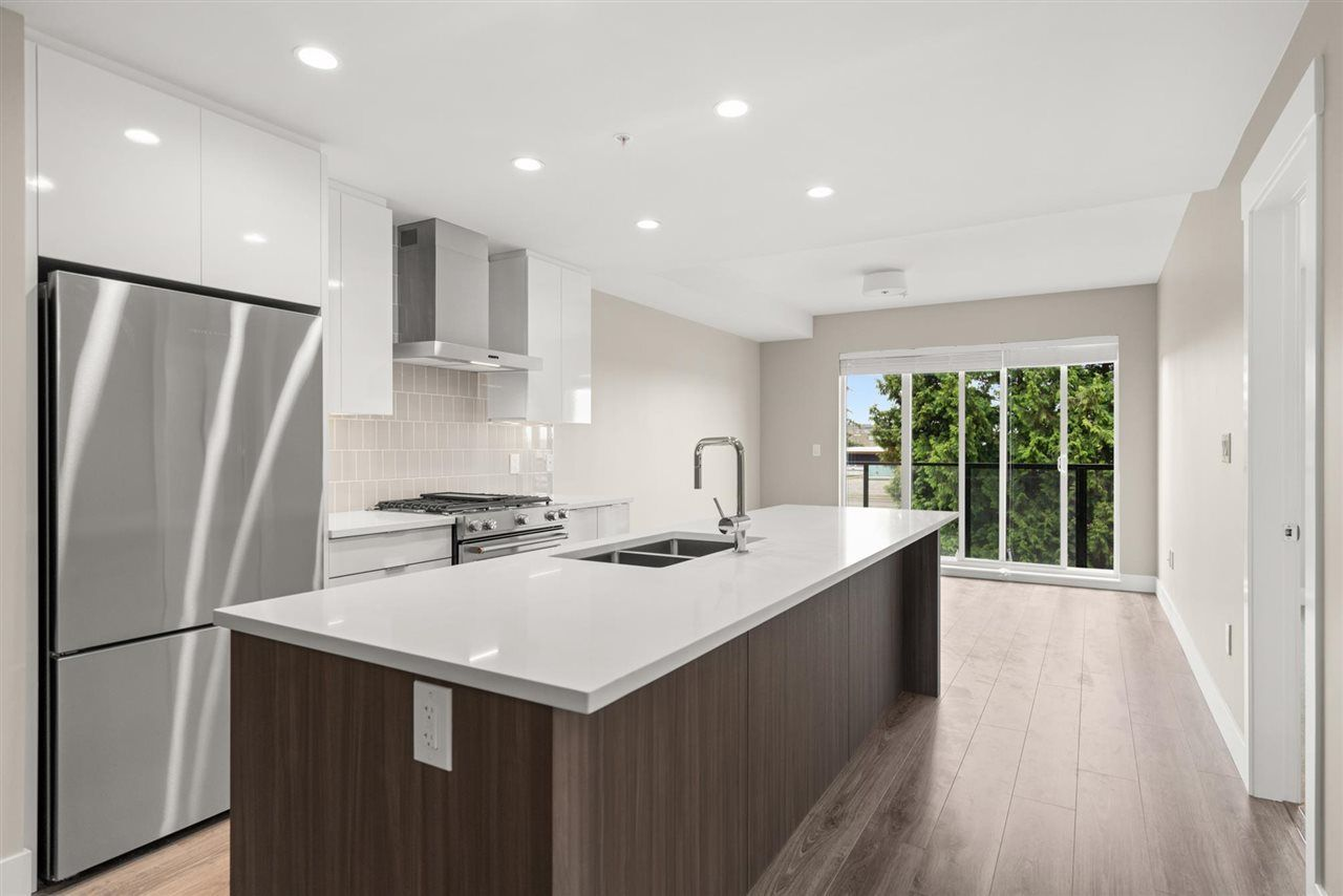 310 - 1496 Charlotte Road, Lynnmour, North Vancouver