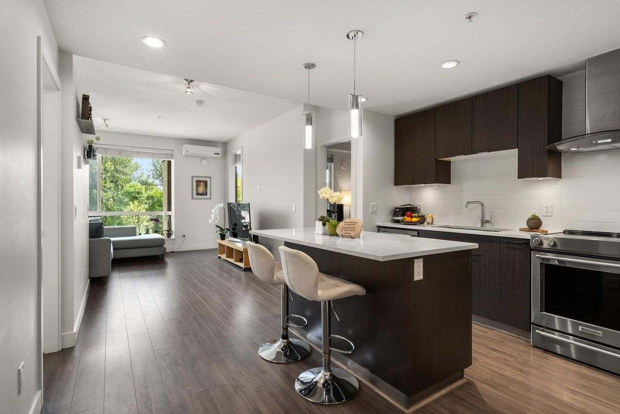 412 - 719 W 3rd Street, Harbourside, North Vancouver