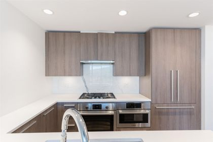 1-1 at 1006 - 2785 Library Lane, Lynn Valley, North Vancouver