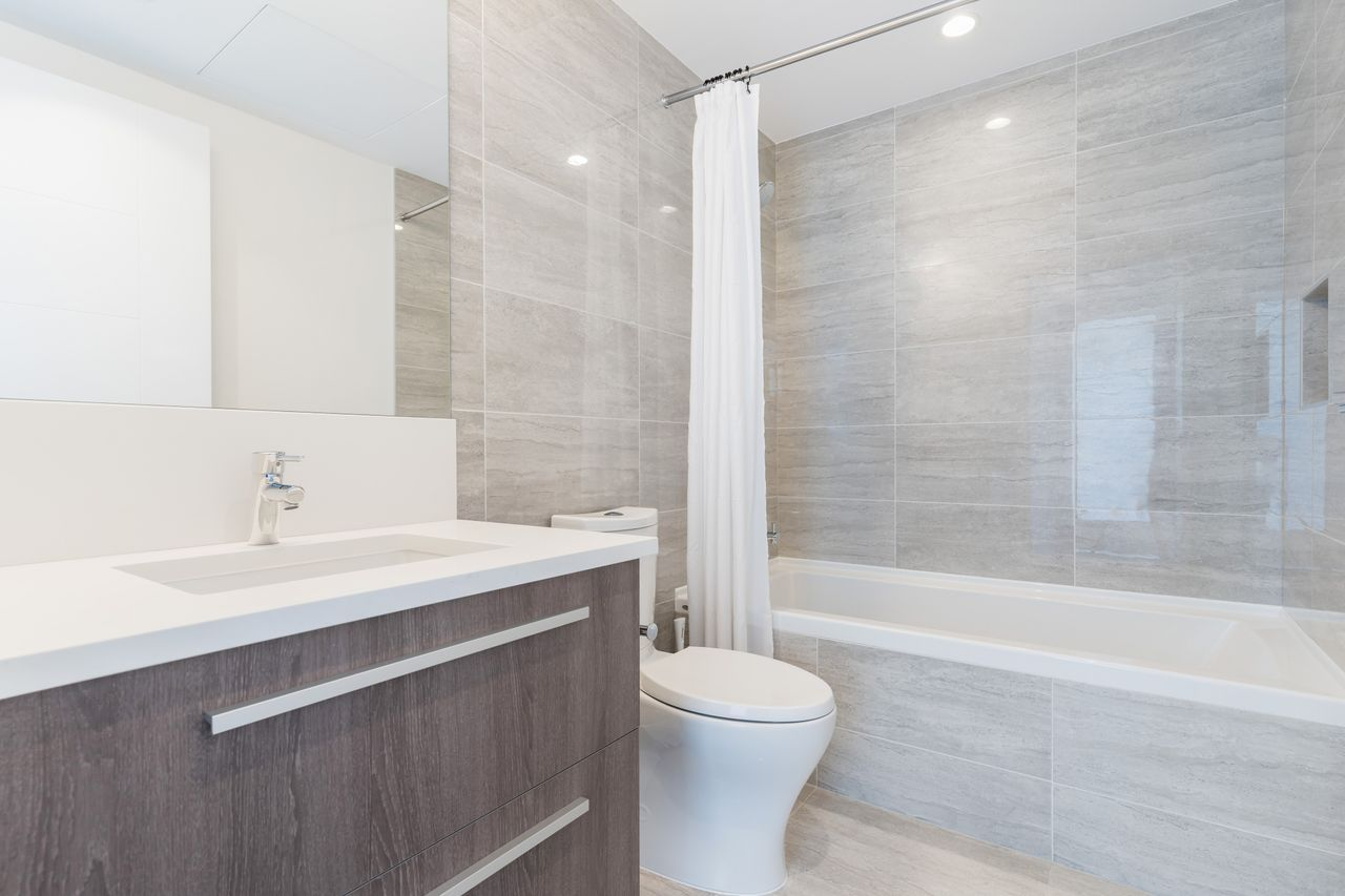 033-1 at 1006 - 2785 Library Lane, Lynn Valley, North Vancouver