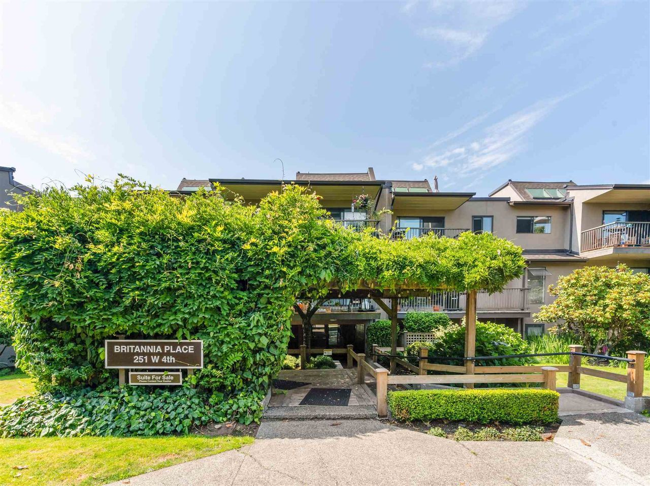251-w-4th-street-lower-lonsdale-north-vancouver-18 at 201 - 251 W 4th Street, Lower Lonsdale, North Vancouver