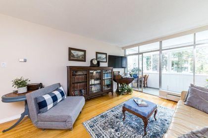 1425-esquimalt-avenue-ambleside-west-vancouver-04 at 115 - 1425 Esquimalt Avenue, Ambleside, West Vancouver