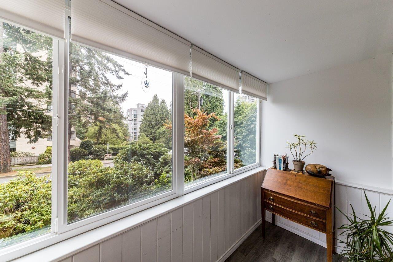 1425-esquimalt-avenue-ambleside-west-vancouver-13 at 115 - 1425 Esquimalt Avenue, Ambleside, West Vancouver