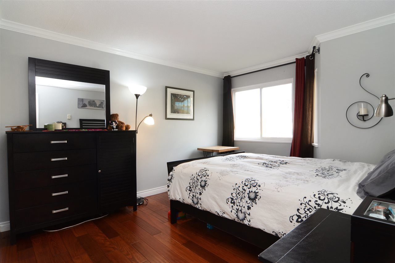 27th-10 at 204 - 107 W 27th St, Upper Lonsdale, North Vancouver