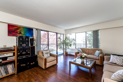 127e4-15 at 202 - 127 E 4th Street, Lower Lonsdale, North Vancouver